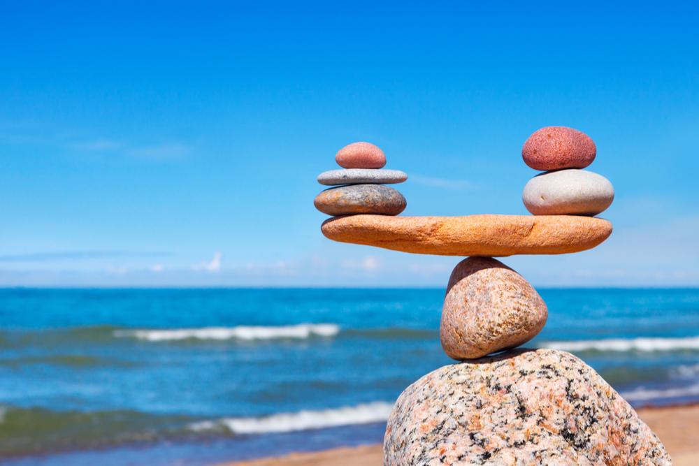развода, картинка с камнями в равновесии могу