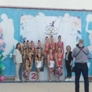 Фото художественных гимнасток на пьедестале