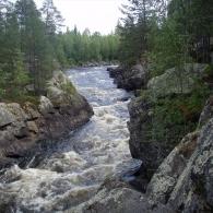пороги на реке Охта.Карелия