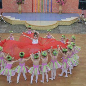"""Танец """"Фея цветов"""" - ТСК """"Дуэт"""""""