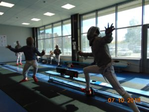 соревнования по фехтованию на саблях среди юношей и девушек до 15 лет